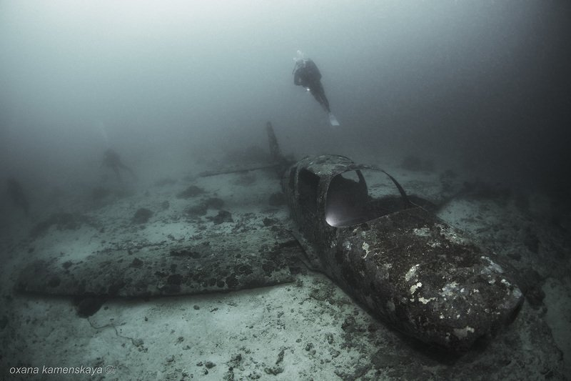 underwater phillipines blue deep diver wreck aircraft airplane   Пункт назначенияphoto preview