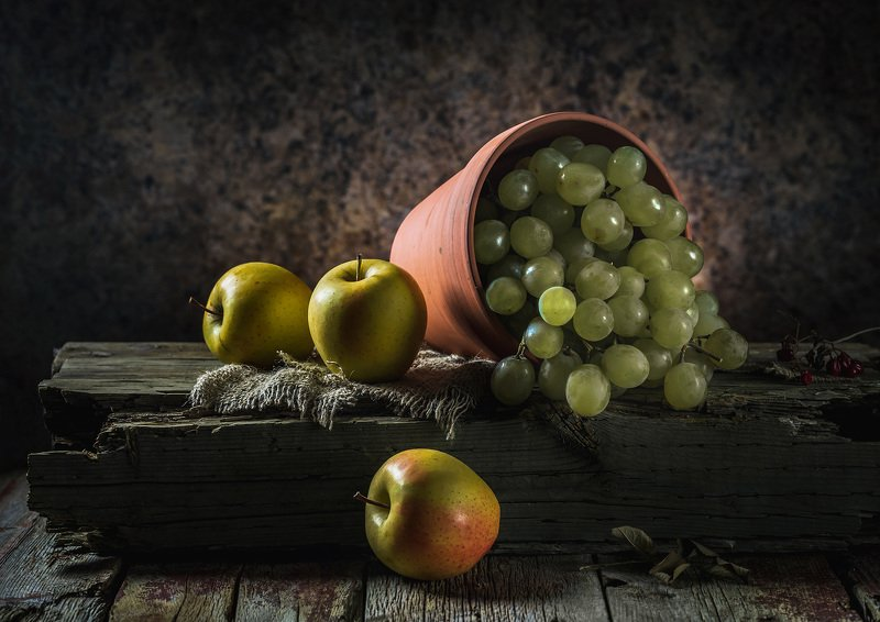 Яблочныйphoto preview