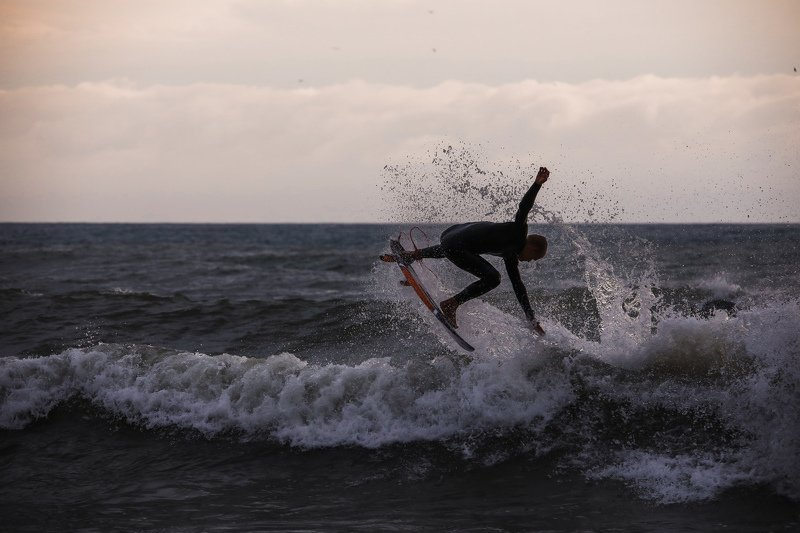 sea storm sunset surfing sochi Russian surfing.photo preview
