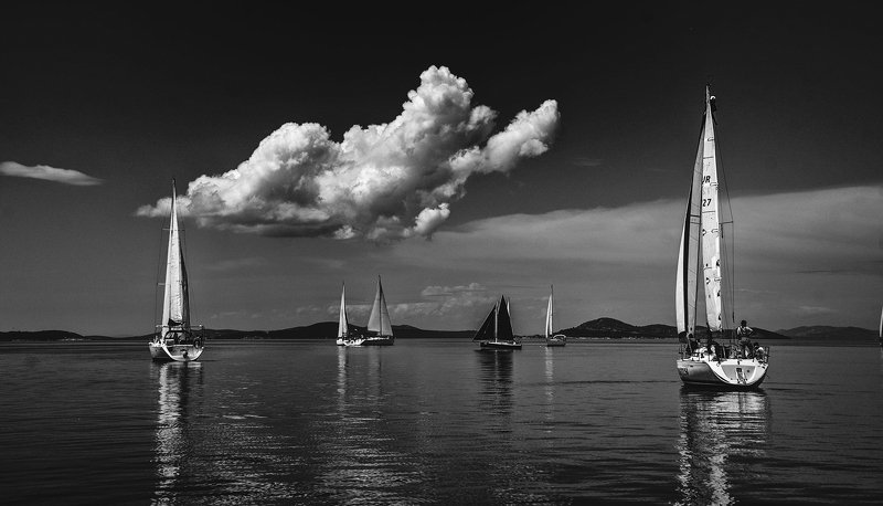 sail,sailing,sea,sky,boats,blue, silencephoto preview