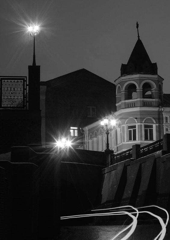 Ночь Город Мост Улица Следphoto preview