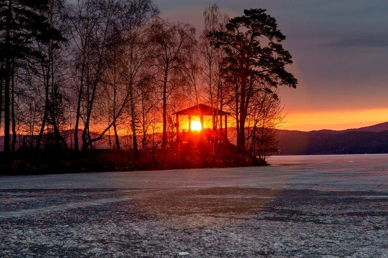 озеро тургояк, южный урал, Утроphoto preview