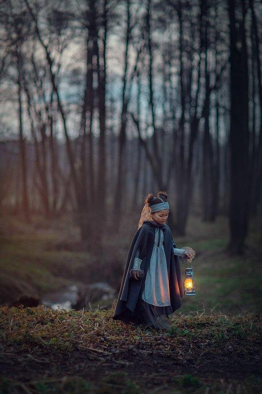 десткий фотограф, вечер, детская фотография, лес, весна в лесуphoto preview