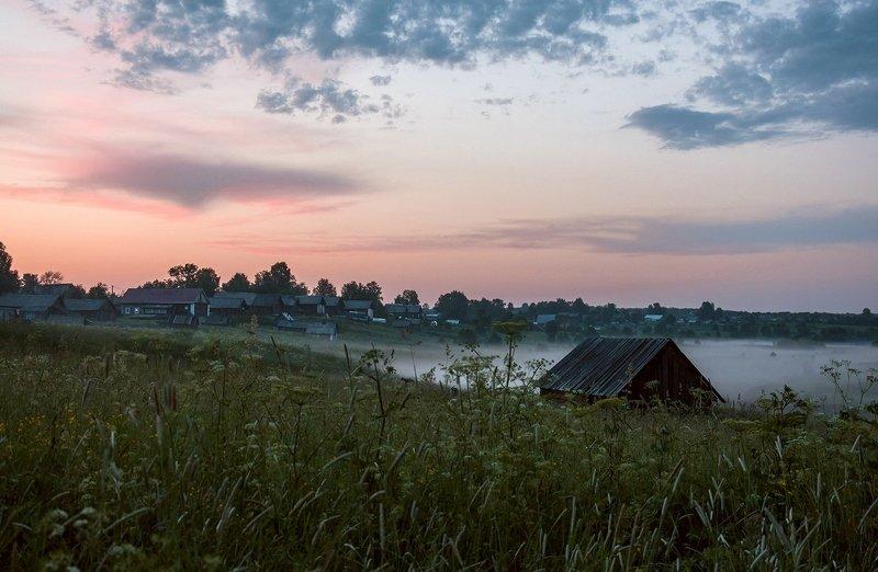 вологодская область, станция вожега, деревня коневка, вечер,сумерки, закат Вечерний туманphoto preview