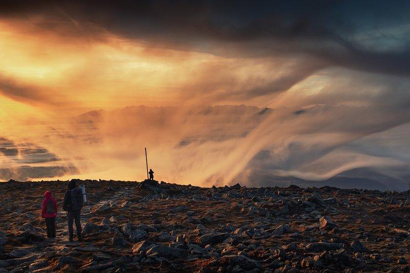 Sunrise on Babia Góraphoto preview