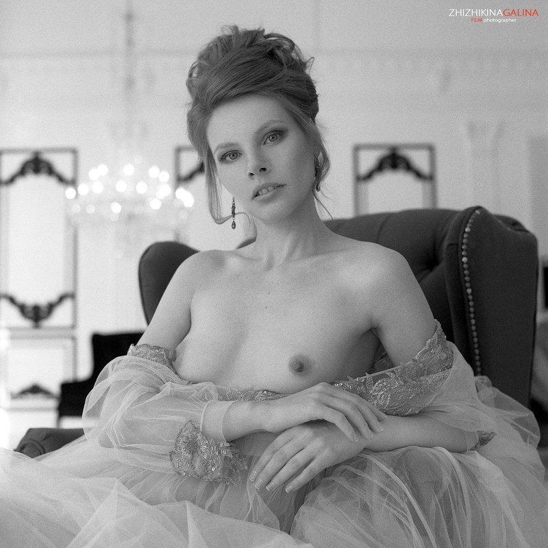 film, girl, 6x6, portrat, nude, artnu, bw, black, white, чб, ню, портрет, девушка, черное, белое, фото, москва, фотограф Маркиза фото превью