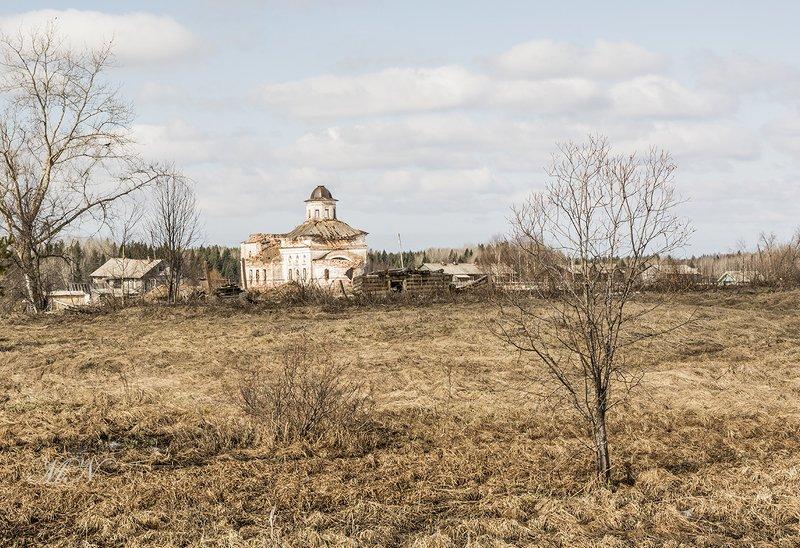 Разрушенная церковь.photo preview
