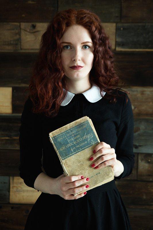 рыжая, девушка, портрет, женский, кудри, волосы, свет, объем Катяphoto preview