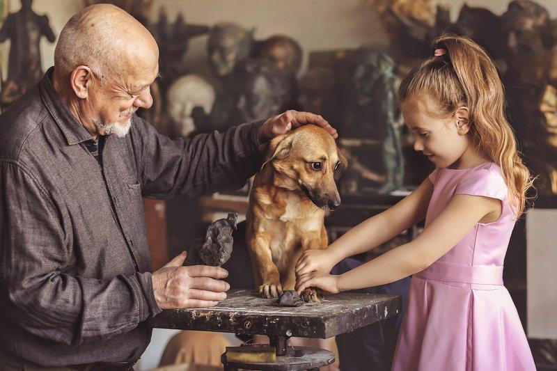 скульптор мастерская собака художник В мастерскойphoto preview