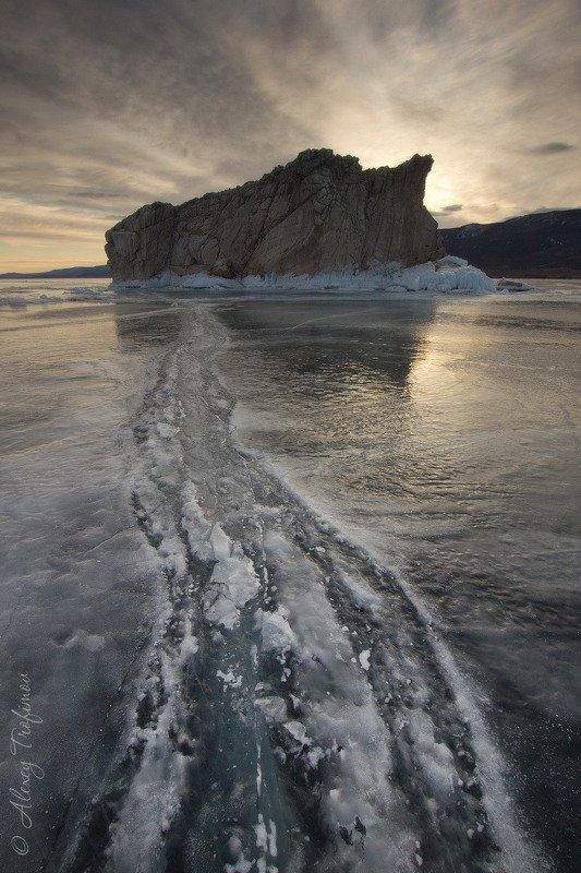 Мартовский лед Байкалаphoto preview