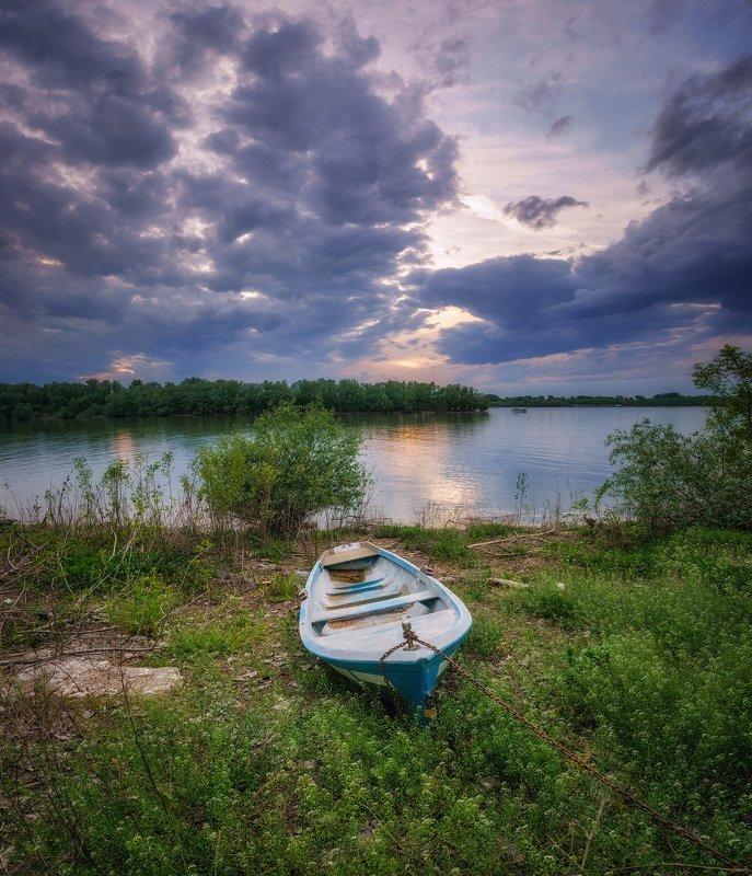 На берегу Дунаяphoto preview