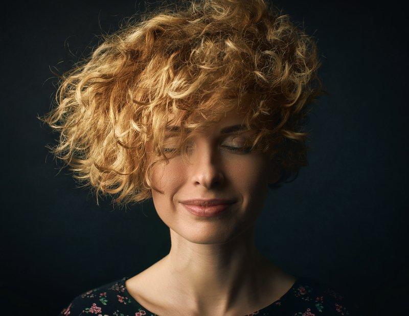 портрет, женский портрет, Portrait, female, studio, curly Ксенияphoto preview