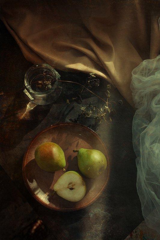 груши, натюрморт Груши из Пяторочкиphoto preview