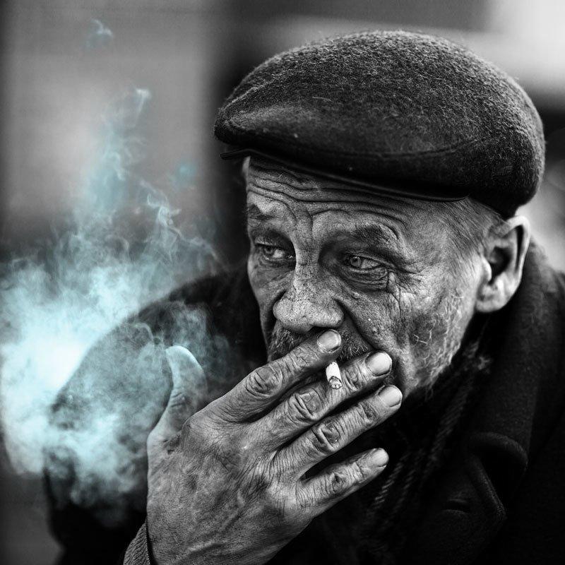 портрет, юрий_калинин, лица, черно_белое, юрец, уличная_фотография, люди дымное делоphoto preview