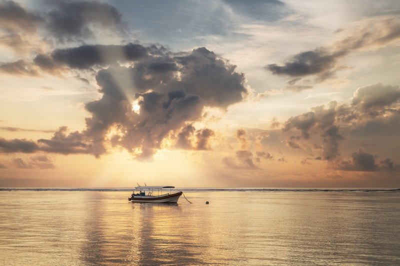 Рассвет, утро, море, бали Рассвет photo preview