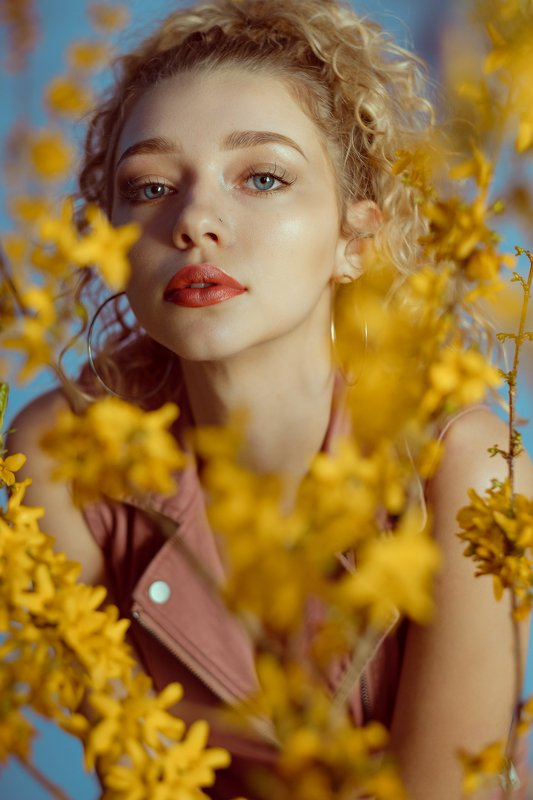 spring, color, model, girl, young, female, woman, beautiful Spring moodphoto preview