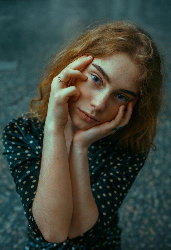 portrait, портрет, girl, redhair, portraiture, indoor, девушка, молодость, ноябрь, ламповый, retouch, ретушь, цвет, stereo, rainbow Yevgeniaphoto preview