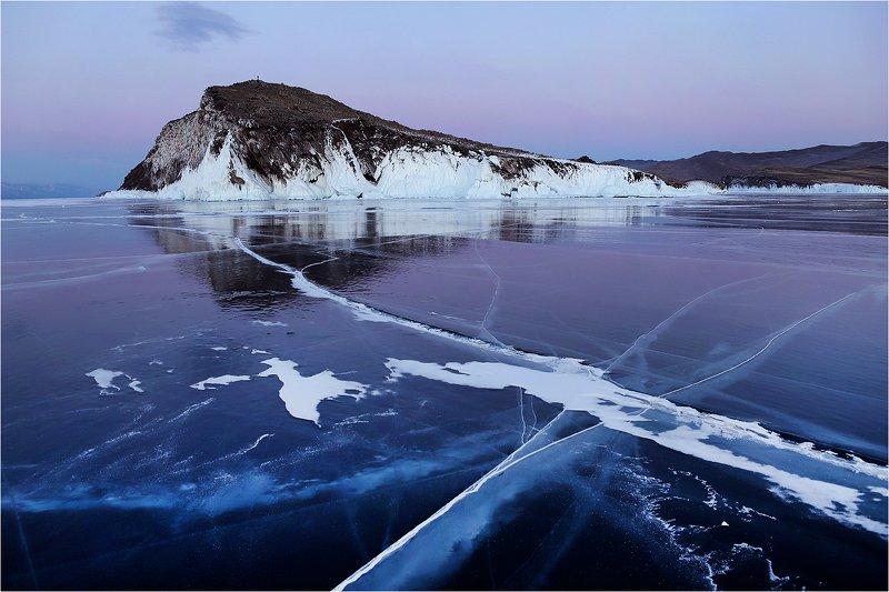 зима, февраль, озеро, байкал, лёд, мороз, вечер, трещина, остров, Б/Н.photo preview