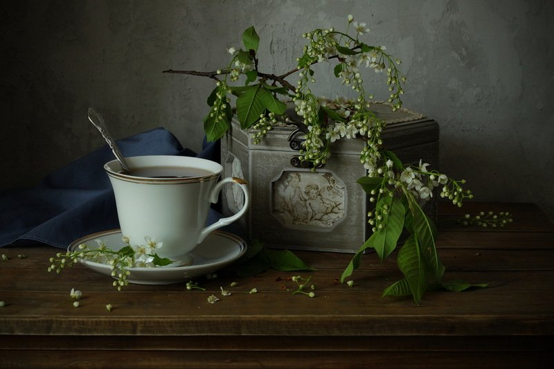 натюрморт, черемуха, чашка, шкатулка, весна с черемухойphoto preview