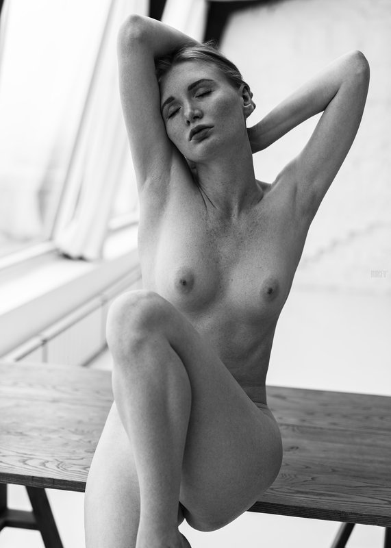 фотомодель, портрет, девушка, красивая, взгляд, woman, beautifull, portrait, canon6d, nude, sexy, fashion, red Anikaphoto preview