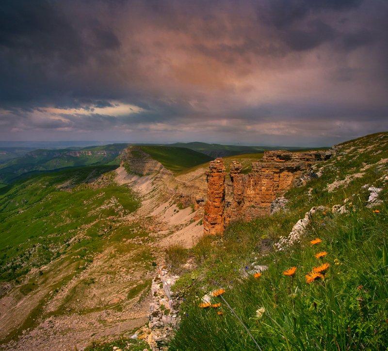 закат,бермамыт,гроза,пейзаж Грозовой закат на плато Бермамытphoto preview