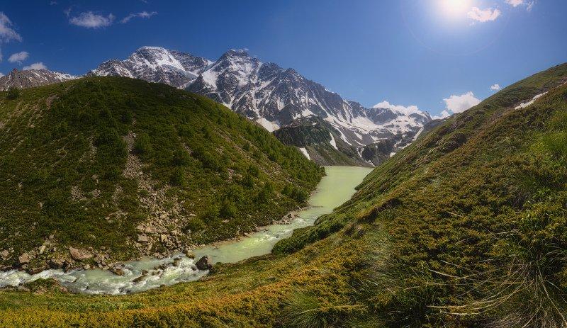 приэльбрусье, донгуз-орун, накратау, чегетское ущелье С высокими горами, озерами, ручьями...photo preview