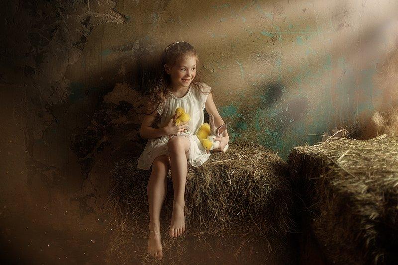 пасха, девочка, утята, сено, весна ПАСХАphoto preview