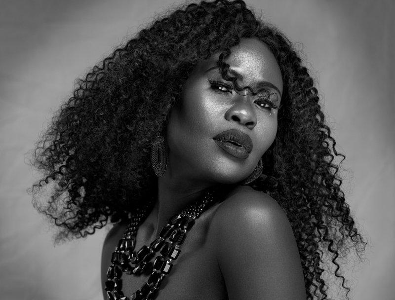 beauty, beauty photographer, model, headshot, closeup, makeup, long hair, eyes, facial, photographer, photography Naomiphoto preview