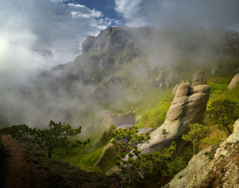 крым, природа, весна, горы, туман В поисках привиденийphoto preview