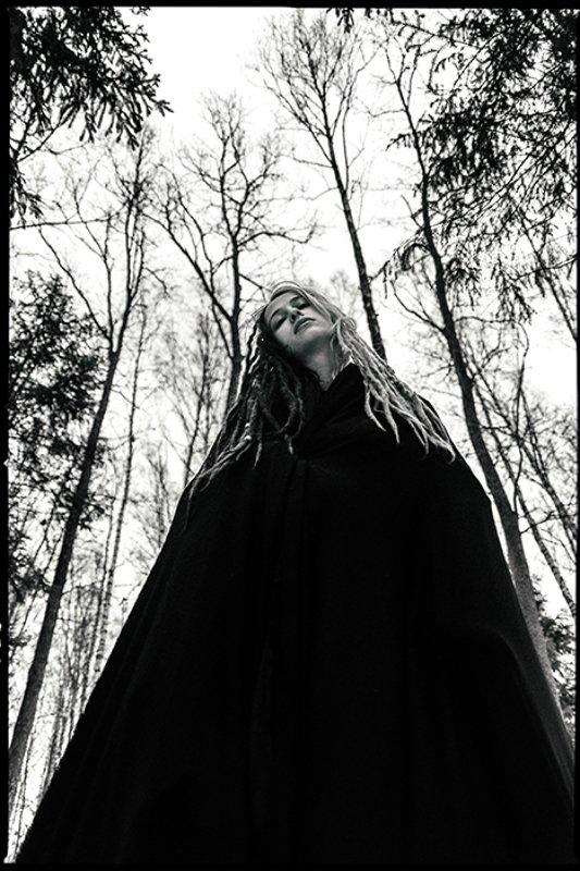 девушка, черно белое фото, портрет Н а с т яphoto preview
