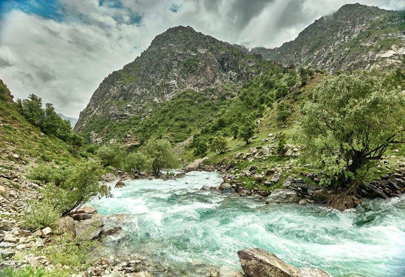 Страна небесных гор и изумрудных рек! Река Сиама. Варзоб.Таджикистан.photo preview