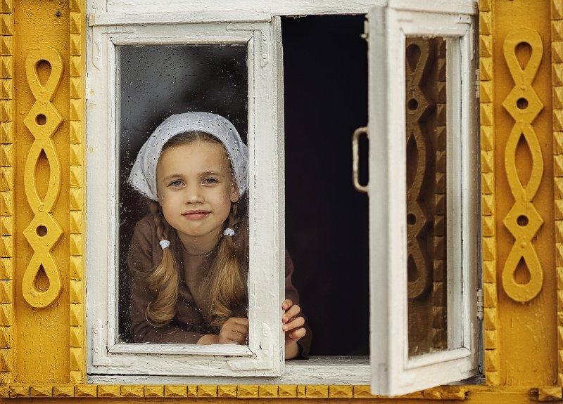 дочка деревня девочка детский портрет Когда дождь за окномphoto preview