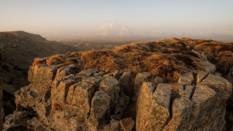 утро , дымка , эльбрус Утро на плато Бермамытphoto preview