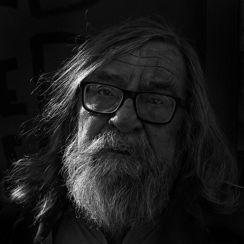 портрет, юрий_калинин, лица, черно_белое, юрец, уличная_фотография, люди день геологаphoto preview
