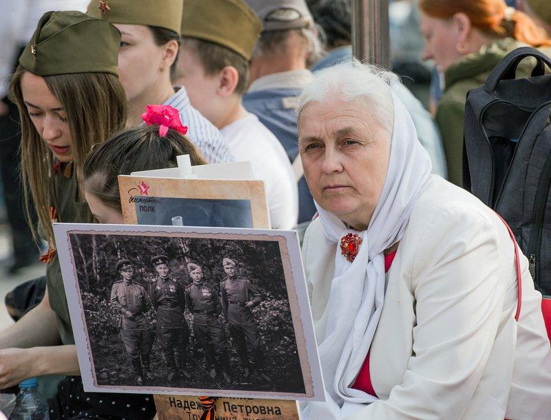 война, память, грусть, утрата, женщина Взгляд в прошлоеphoto preview