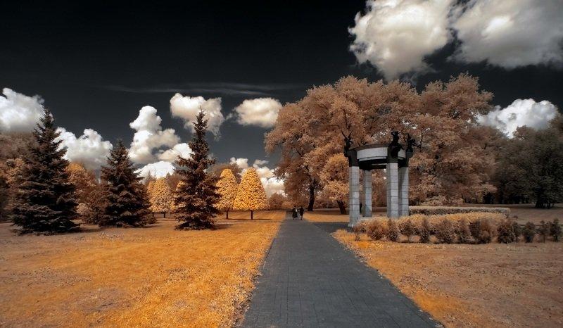 infrared,ик-фото,инфракрасное фото, инфракрасная фотография, пейзаж, весна Прогулки в облачном воскресенье.photo preview