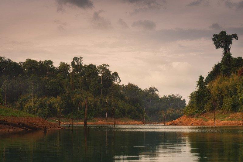 Озеро Чео Лан, Таиланд.photo preview