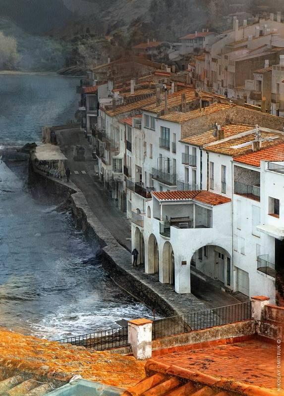 город прогулка по крышам. г. Кадакес. Каталонияphoto preview