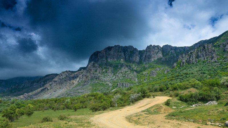 демерджи, крым, горы, облака, Окрестности Демерджиphoto preview