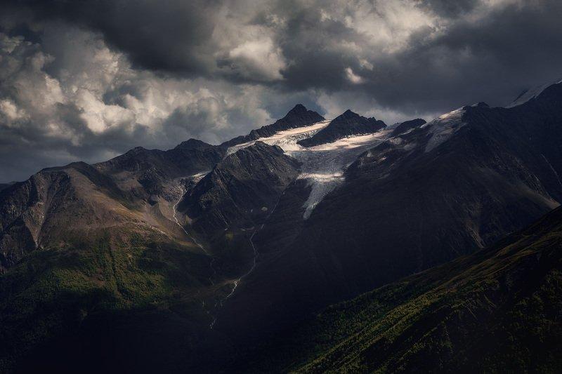 Две вершиныphoto preview