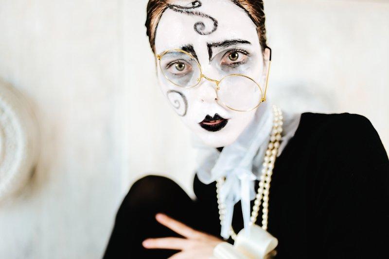 Black Pierrotphoto preview