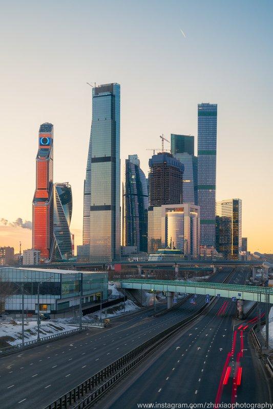 Золотое утро в Москвеphoto preview