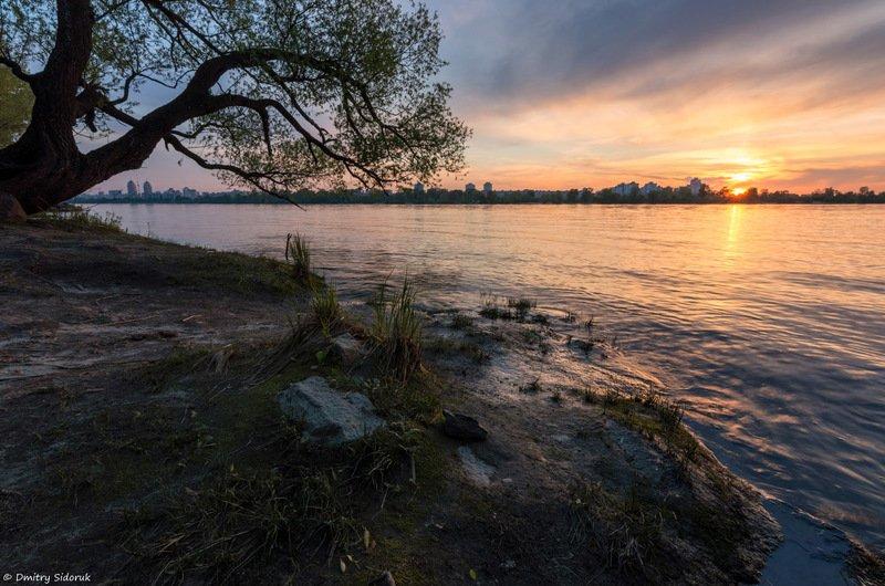 Закат на берегу Днепраphoto preview