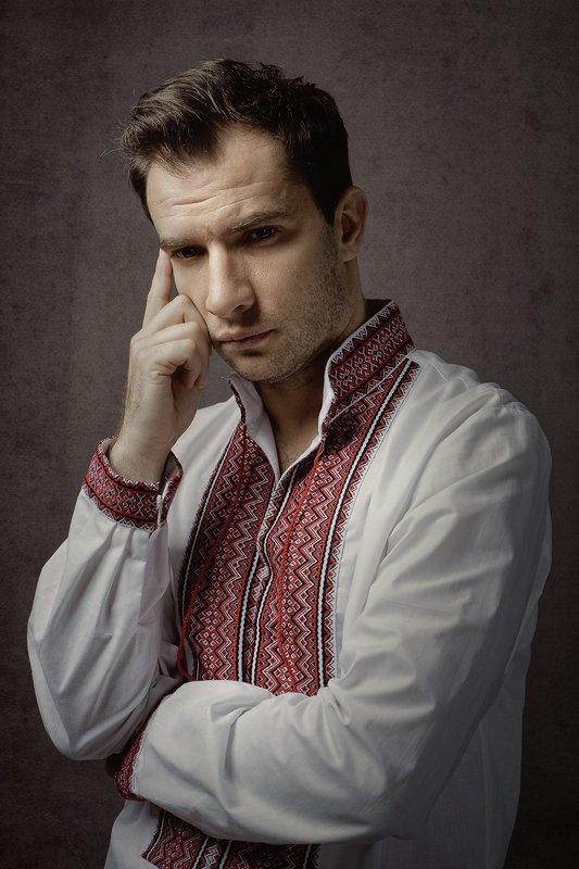 man, portrait, male portrait, night, eve, ethnic, studio, mood, alone, retro, think, dark, dramatic, shadows, actor Ukrainianphoto preview