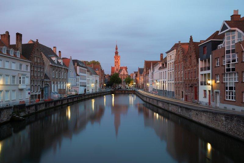 Spiegelrei canal, Jan Van Eyck Square and Poortersloge in Bruges, Belgiumphoto preview