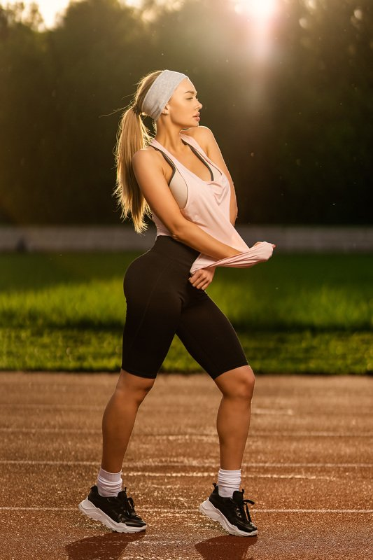 sport girl street summer godox flsashlight Elena Veyronphoto preview