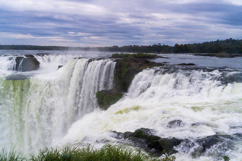 Аргентина, водопады Игуасу, пейзаж, природа, Латинская Америка Аргентина, водопады Игуасуphoto preview