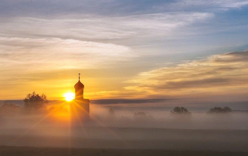 рассвет, туман, церковь, покрова на нерли Про туманы...photo preview