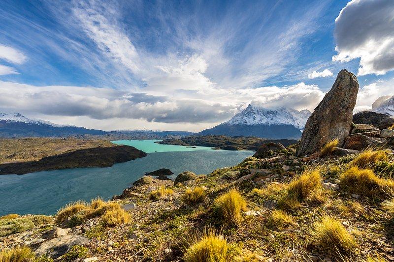 Озеро, Pehoe , национальный парк, Торес дель Пайне, Патагония, Чили Озеро Pehoe  национальном парке Торес дель Пайне, Патагония, Чилиphoto preview