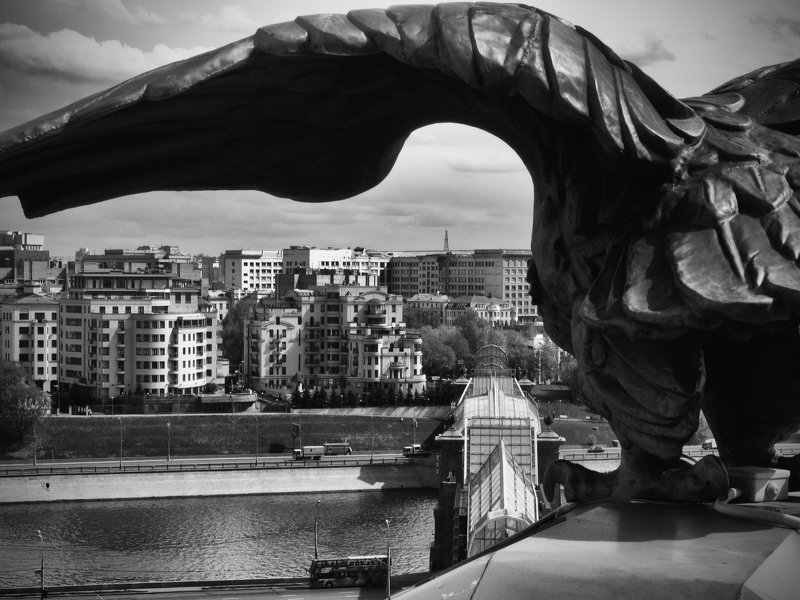 Black and white, Monochrome, Moscow, Russia, City Under the wingsphoto preview